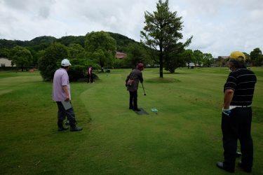 梅雨入り宣言後どうにかできたグランドゴルフにピクニック!