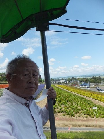 2017年8月3日は旅に出て72日、北海道滞在31日目は「ファーム富田」へ。